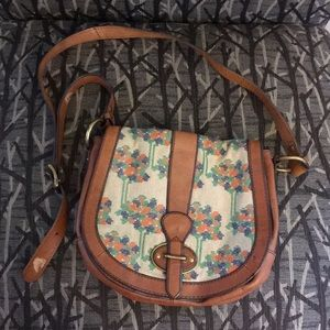 Embroidered leather Fossil Saddle Bag